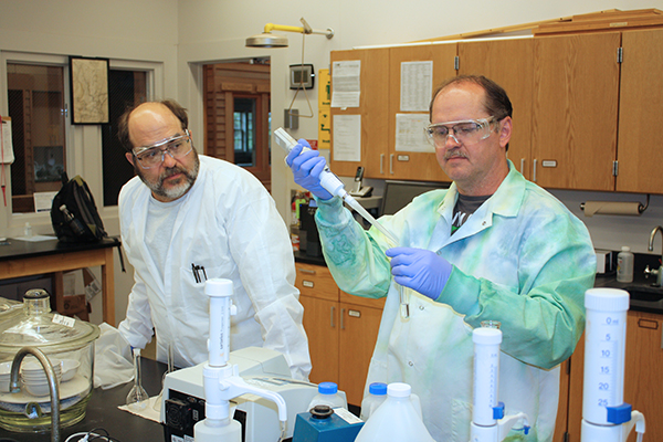 Art Hellert (left) and Marc Benedict in the Lakeside Lab water chemistry lab